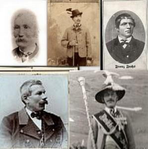 Haben die Geschicke der Musikkapelle Schmirn in den ersten hundert Jahren geleitet: 2. Kpm Josef Eller (Riedl); 3. Kpm. Franz Fuchs IV (Orgler); 4. Kpm Johann Eller (Riedl) und die beiden Ehrenkapellmeister Alois Eller (Riedl) und Alois Mader (Mesner)